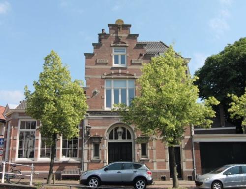 Kleurenpracht aan de Burgwal in Haarlem